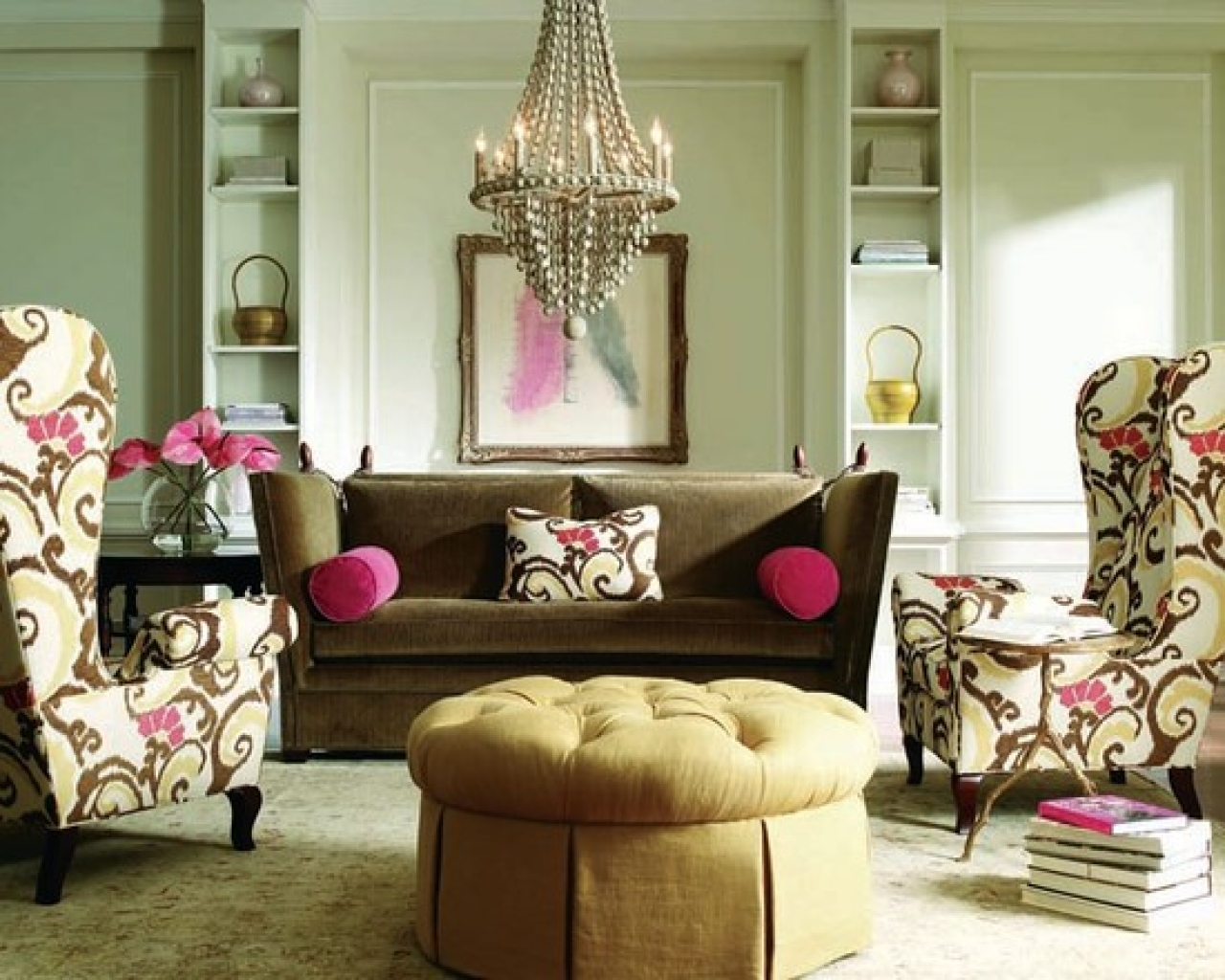 Eclectic-Living-Room-with-Pops-of-Color