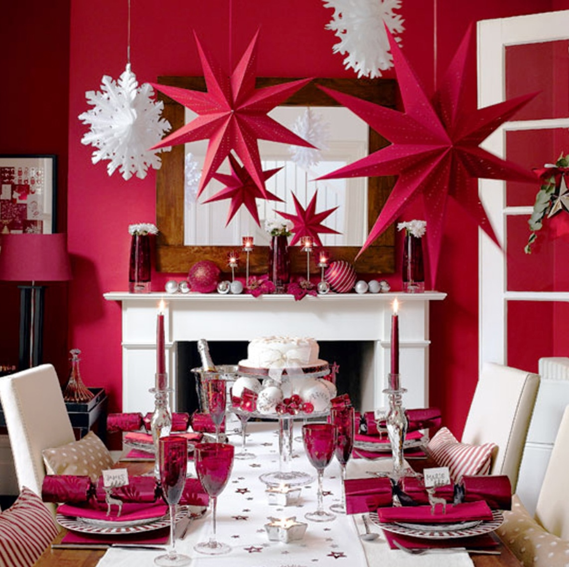 Simple-Christmas-Dining-Room-Decor
