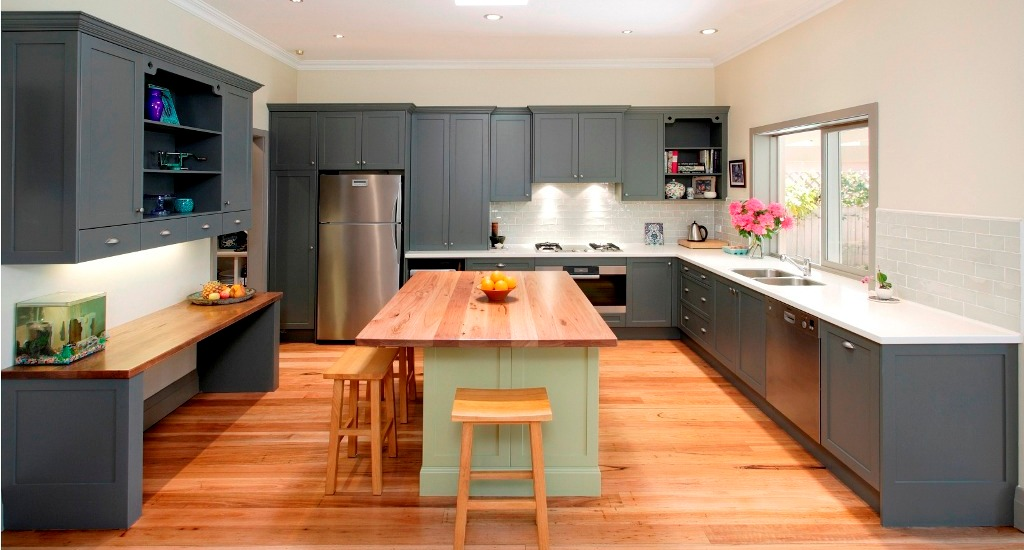 Simple-Modern-Design-Kitchen-With-Property