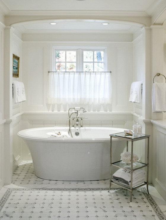 White-Curtains-in-Traditional-Bathroom