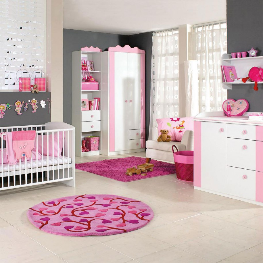 charming-girl-bedroom-decoration