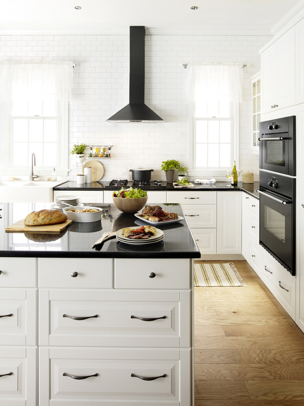 creative-modern-white-kitchen-ikea-on-kitchen-decor