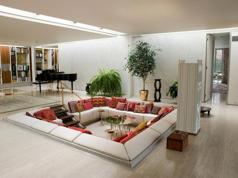 How-To-Decorate-a-Big-Living-Room
