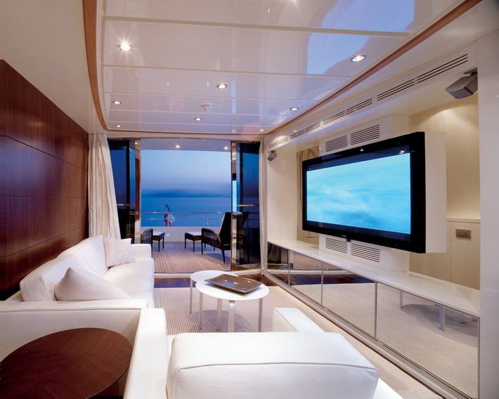 Large-TV-and-White-Sofa-in-Modern-Living-Room-Ideas