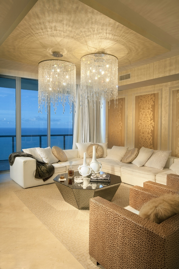 Living-room-decorating-ideas-modern-crystal-chandeliers-decor-accent