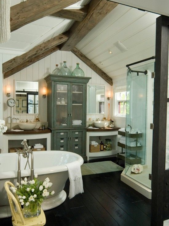 cozy-and-relaxing-farmhouse-bathroom-designs
