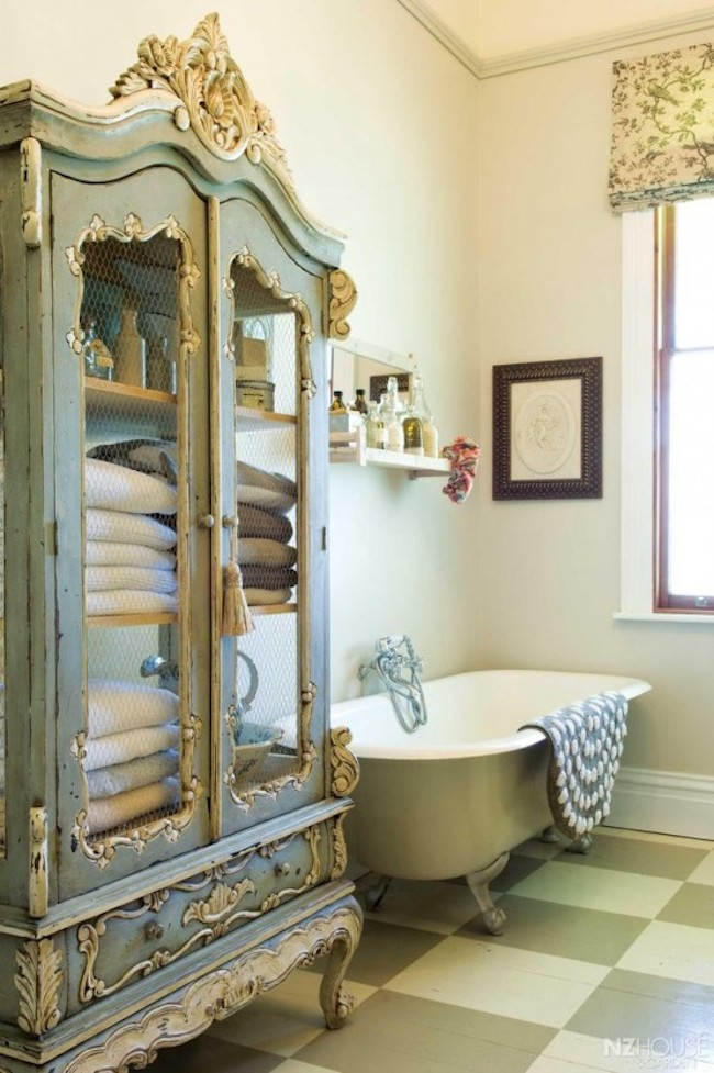 d8b15__shabby-chic-bathroom-6