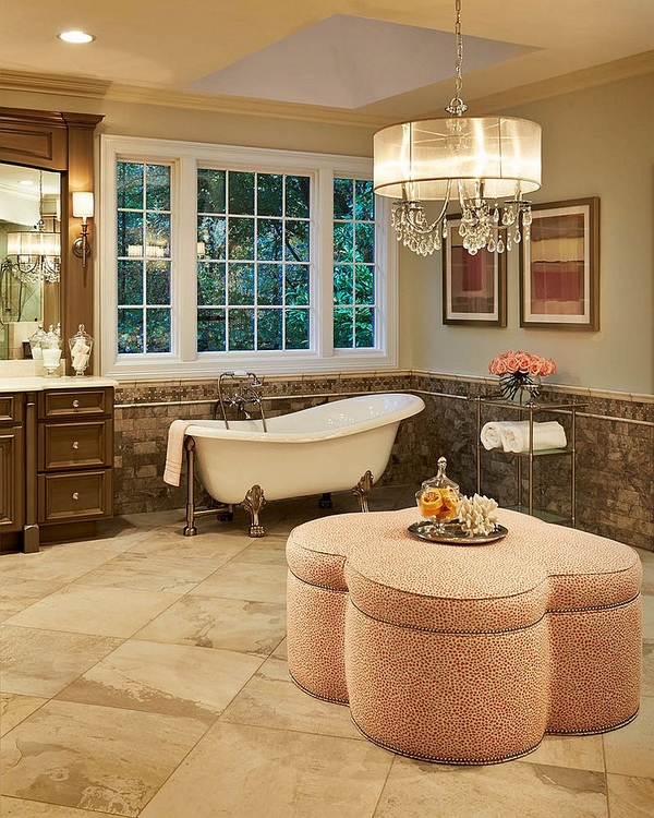 elegant-bathroom-design-oversized-crystal-and-shade-chandelier-clawfoot-tub