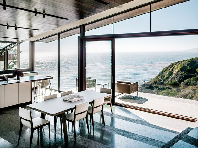 glass-and-copper-cliff-house-in-big-sur-california-9