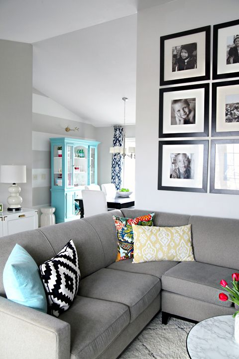 Modern color scheme for the living room.