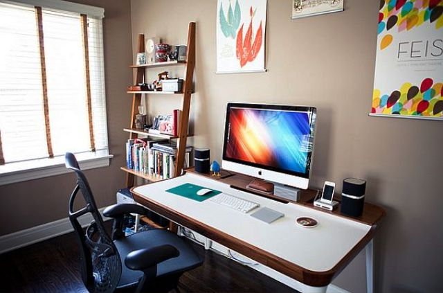 Youthful-Simple-Office-Design-Ideas