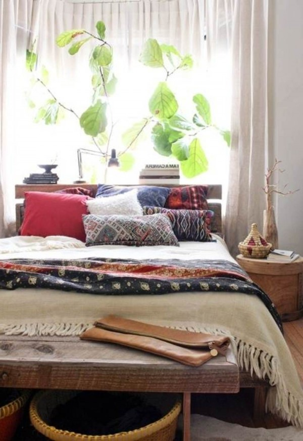 eclectic-bedroom-with reclaimed furniture