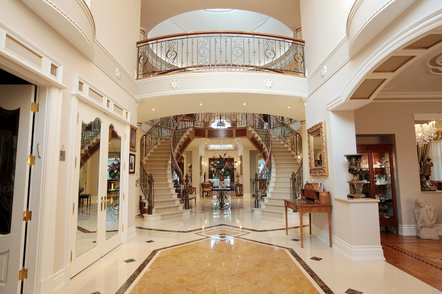 Luxury Foyer Decorating And Design Ideas (1)