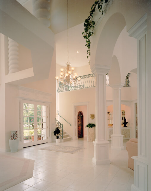 Luxury Foyer Decorating And Design Ideas (28)
