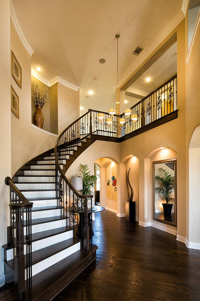 Luxury Foyer Decorating And Design Ideas (8)
