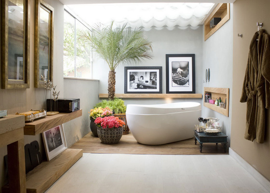 Mediterranean Bathroom Design with White Bathtub