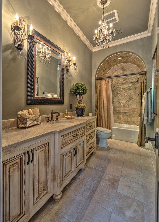 mediterranean-bathroom-decor