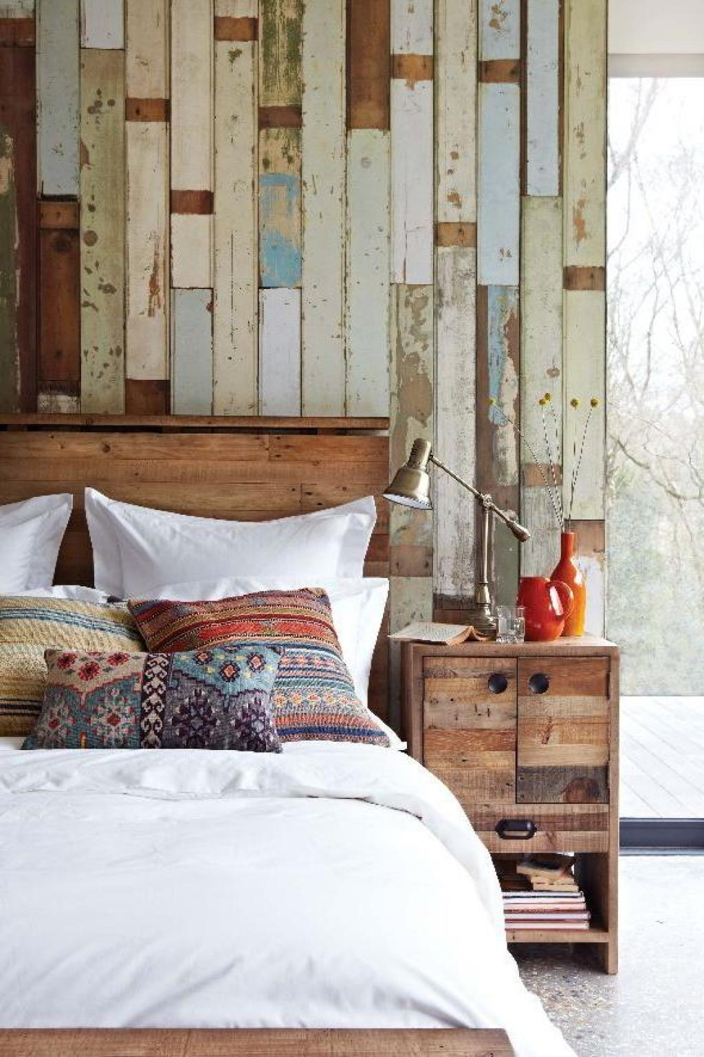 Bedroom Design Cozy Rustic Designs With Wooden Timber