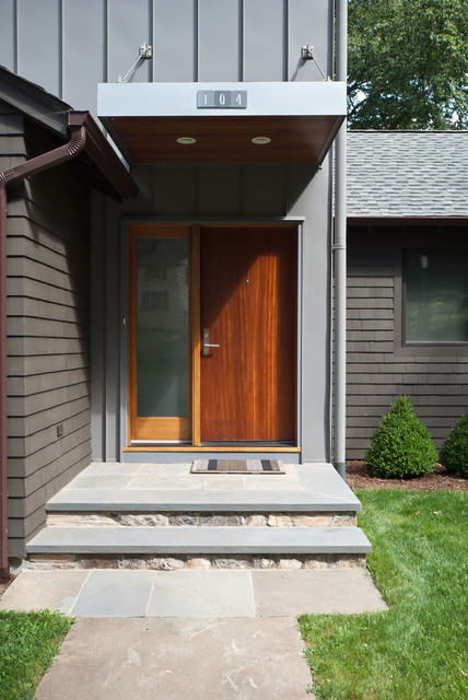 Lake Shore Modern modern-entry