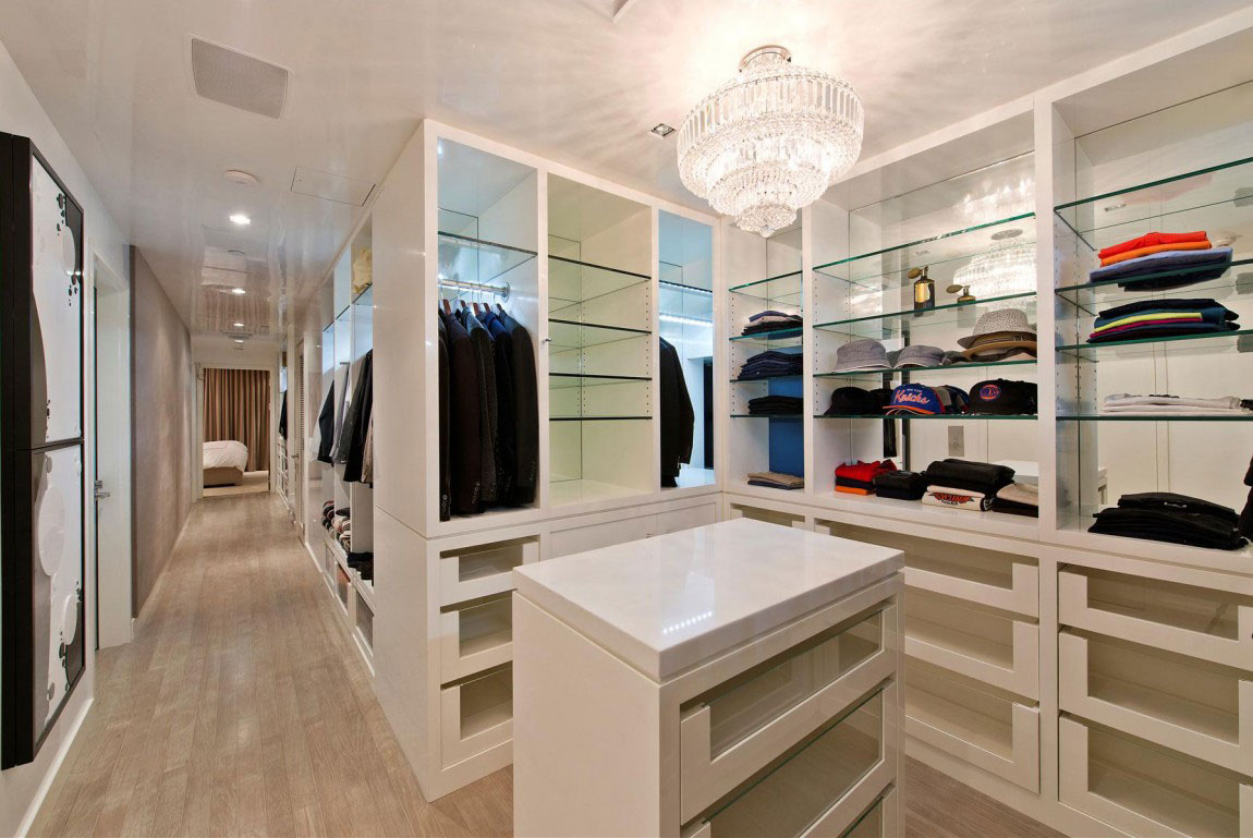 Walk-in-Closet-for-Men-Masculine-closet-design