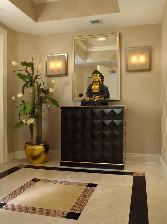 eclectic-entry-foyer-design-with-buddha-decorating