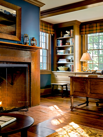 Dutchess County Farmhouse farmhouse-home-office
