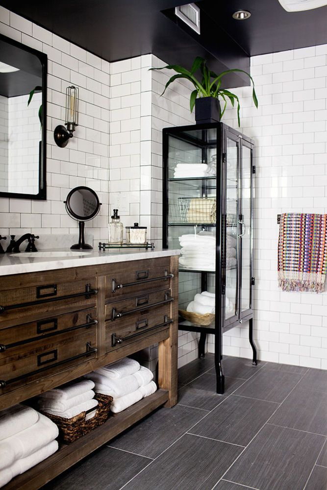 black-and-white bathroom with tiled walls