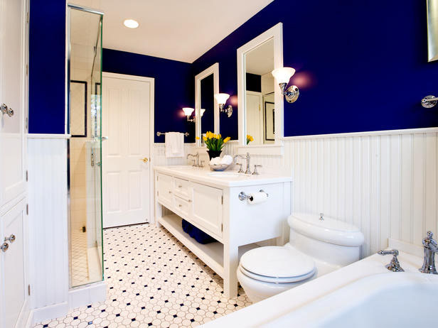 functional Bright Small Inspiring Bathroom