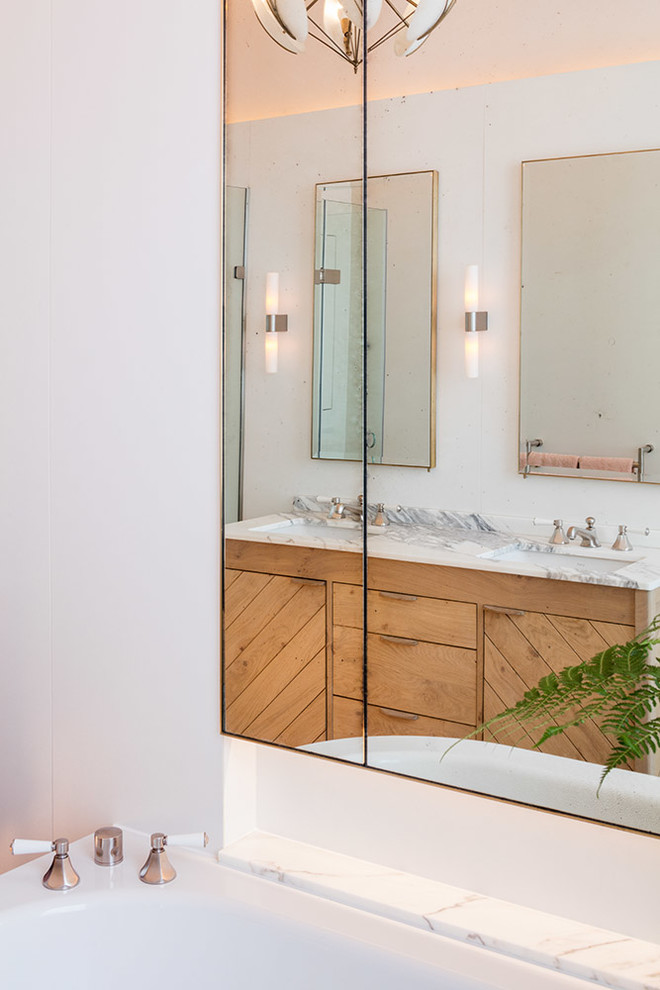 Contemporary Bathroom1