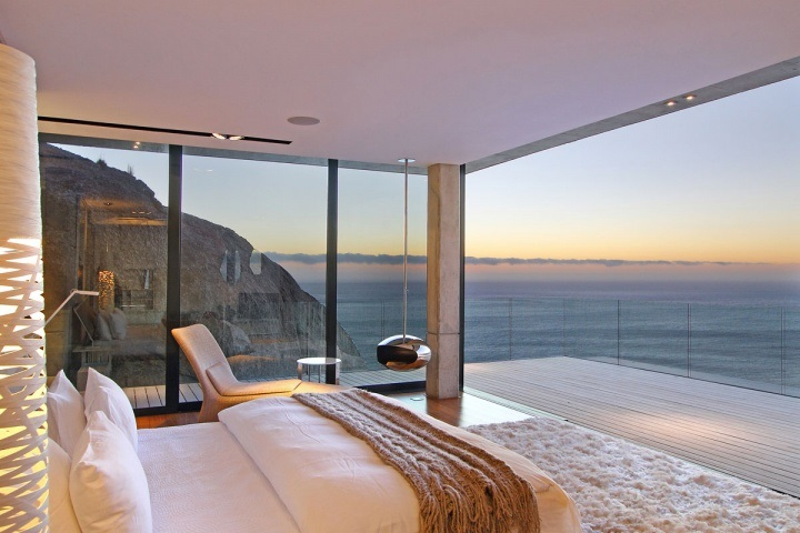awesome-bedroom-with-a-view-20