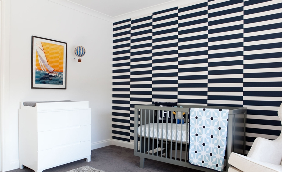 bold-black-and-white-modern-nursery