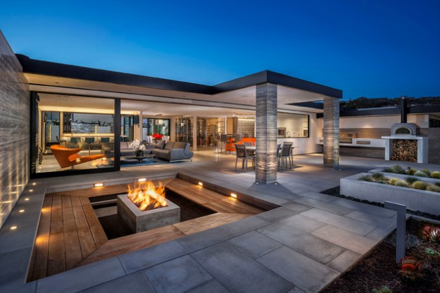 coastal-style-contemporary-patio-design