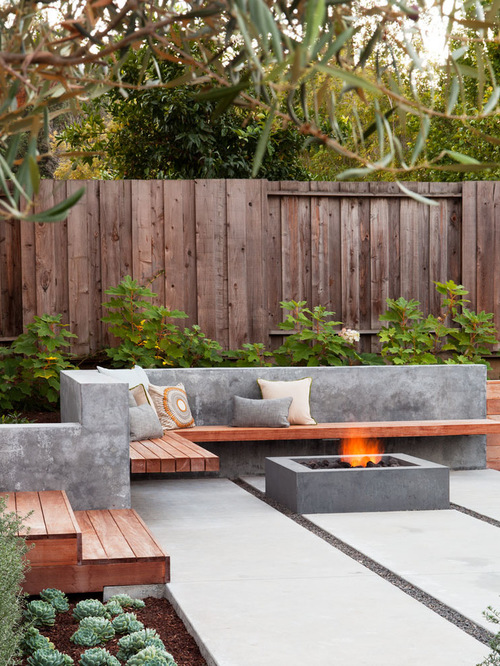 contemporary-concrete-patio-design
