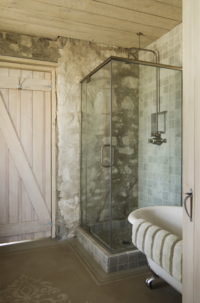 eclectic-bathroom-design-with-walk-in-shower