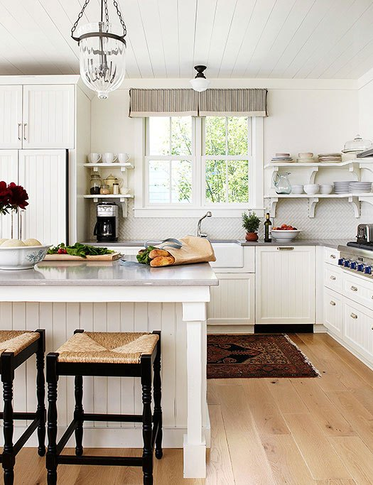 farmhouse-style-trendy-kitchen
