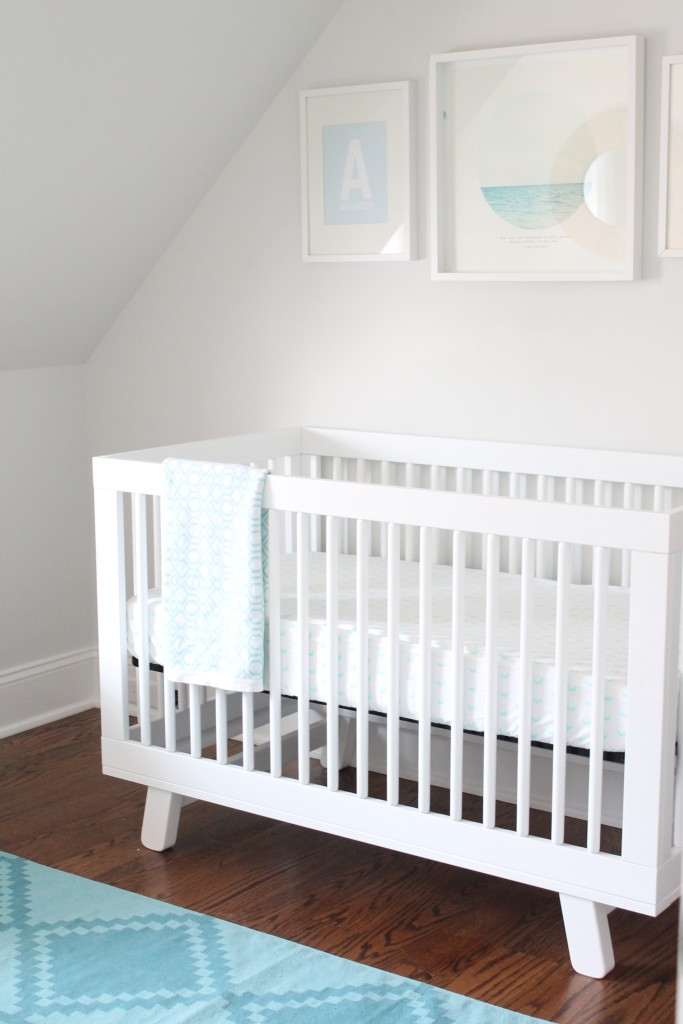modern-white-and-blue-nursery