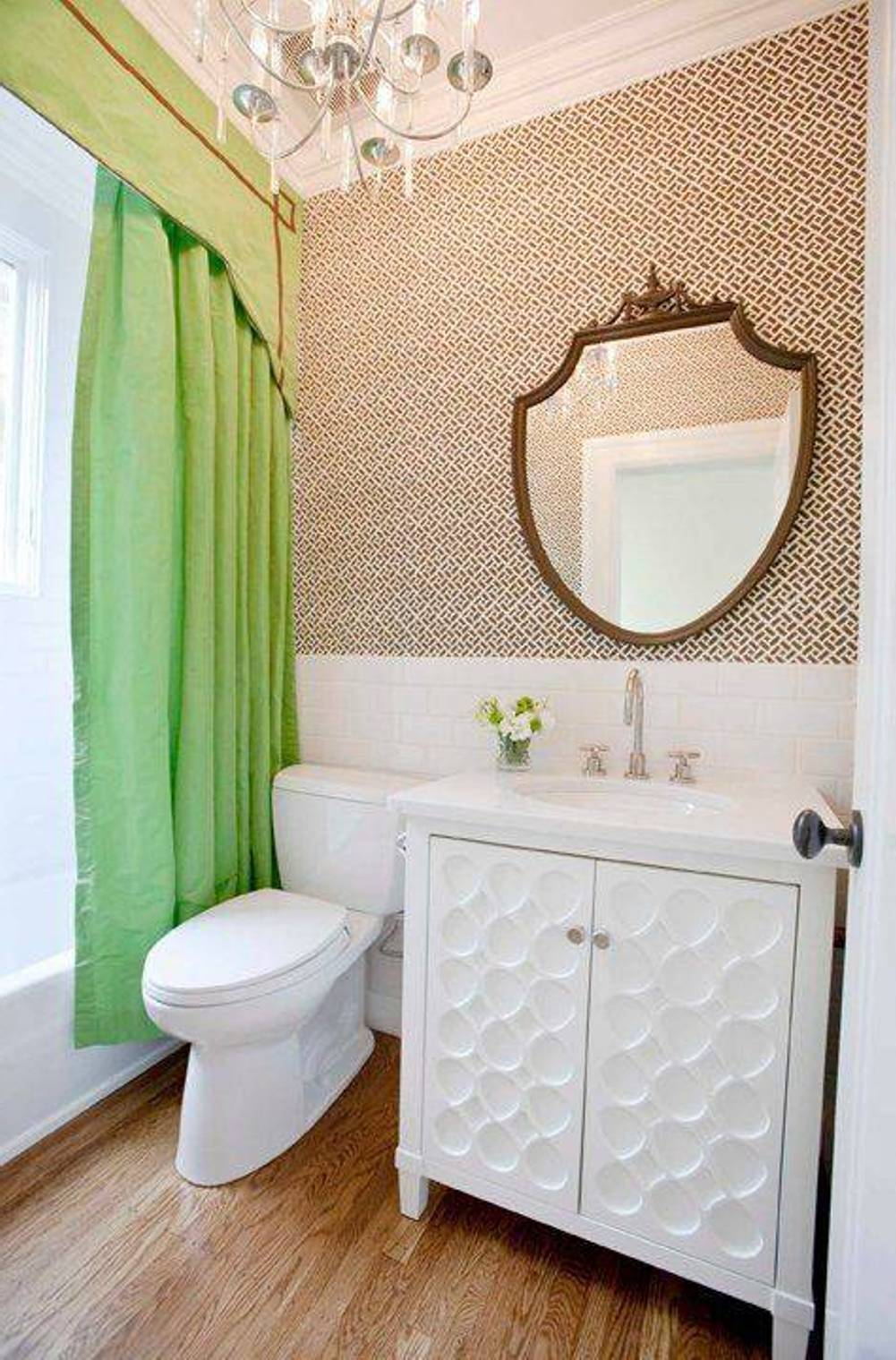 eclectic-bathroom-designs-with-wallpaper