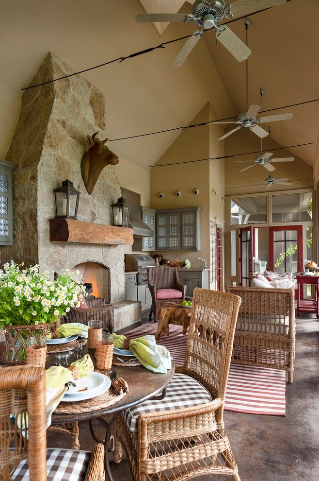 Farmhouse Porch Design With Outdoor Kitchen