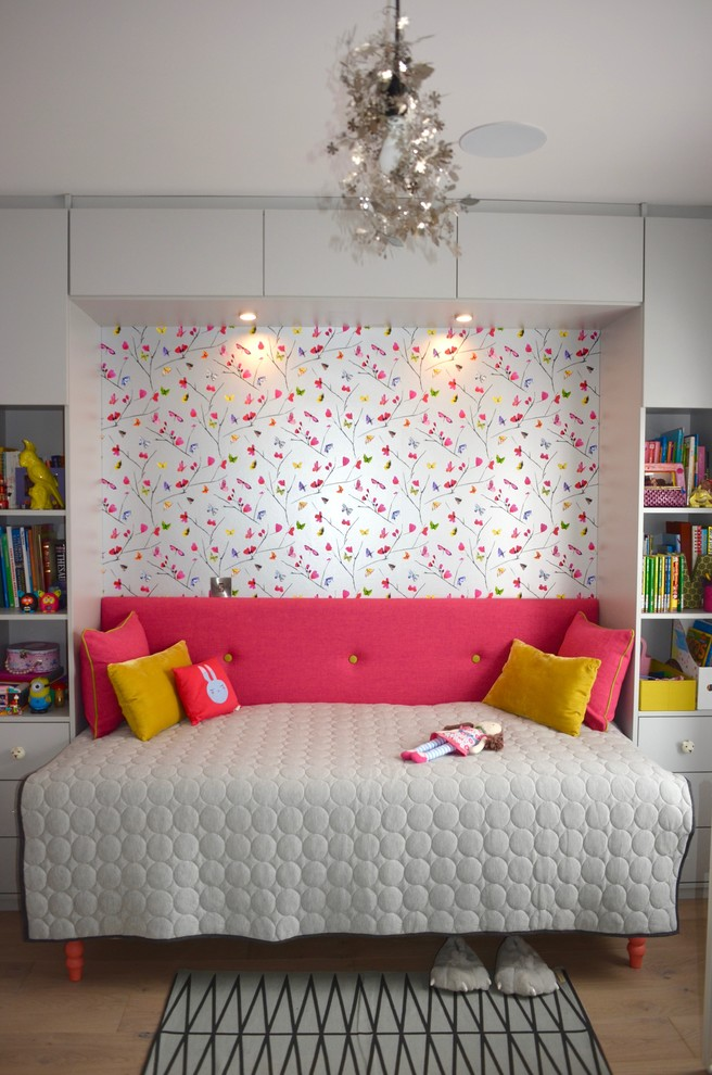 Craftsman Colorful Kids Bedroom