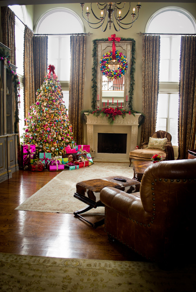 Transitional living Room Fireplace Wreath Decor
