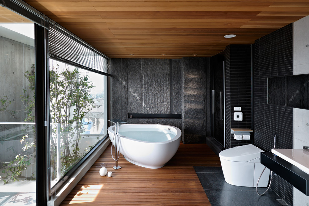 Open Concept Asian Bathroom Design