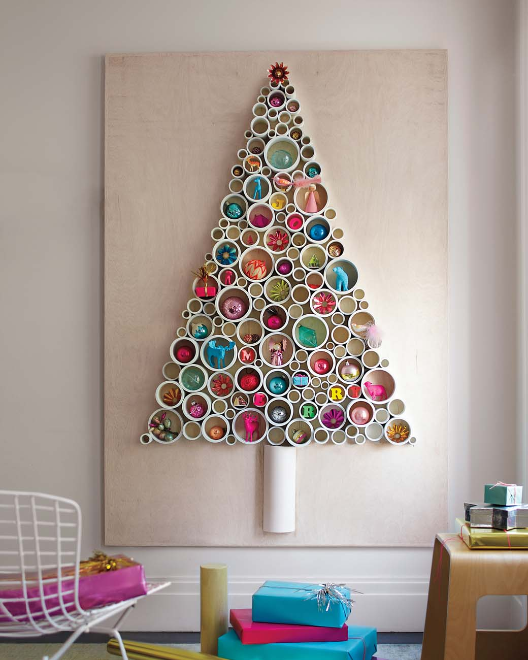 DIY PVC-Pipe Christmas Tree dwellingdecor