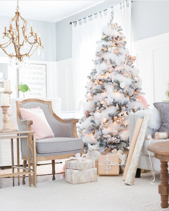 Shabby Pink Christmas Tree dwellingdecor